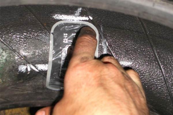 Боковой прокол шины ремонт