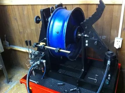Станок для правки мото дисков